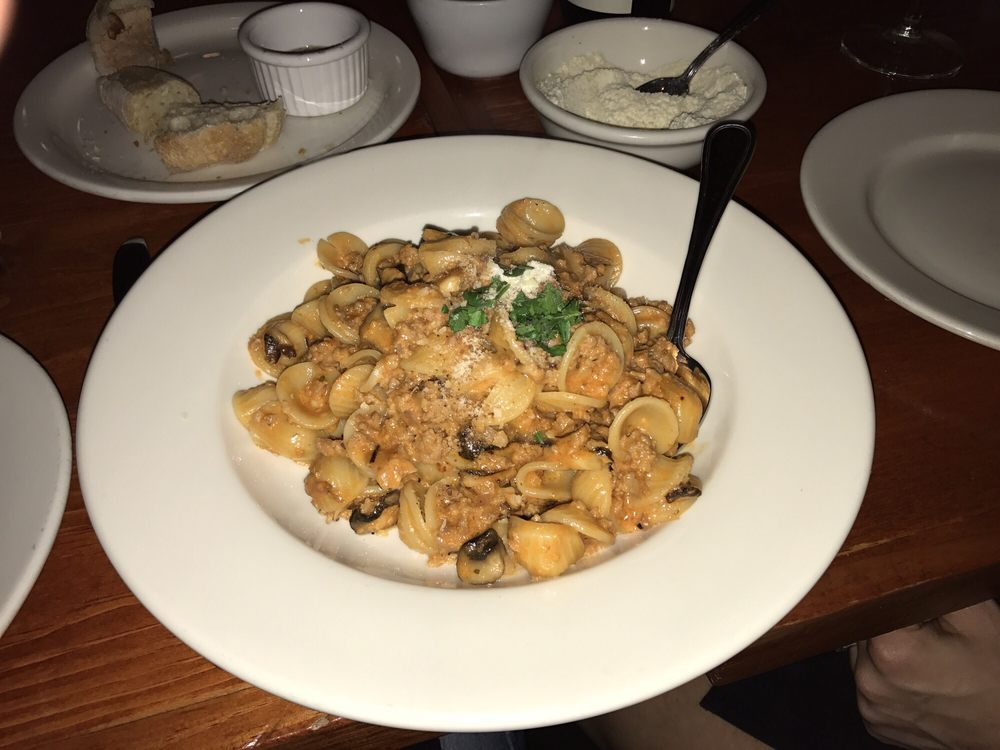 Oreccietti Bosco with added mushrooms highly recommend