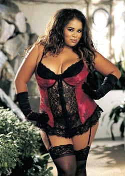Red corset available in sizes from a 38 up to a size 50. Plus size corsets and bustiers in SaN jOSE. Curvy Girl Lingerie