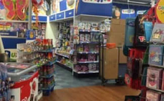 Toys R Us 2019 All You Need To Know Before You Go With