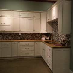 Kitchen To Go Cabinets Water Filter For Sink 67 Photos 44 Reviews Bath 601 Brush Photo Of Oakland Ca United States Shaker