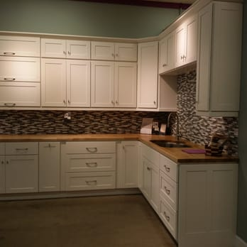 kitchen to go pots and pans set cabinets 67 photos 44 reviews bath 601 brush photo of oakland ca united states shaker