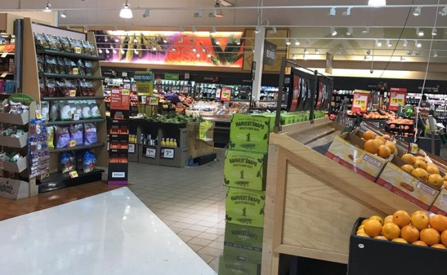 Giant Food Store 18 Reviews Shopping 721 W Sproul Rd