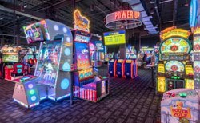 Dave Buster S 82 Photos 104 Reviews Bars 2201 N