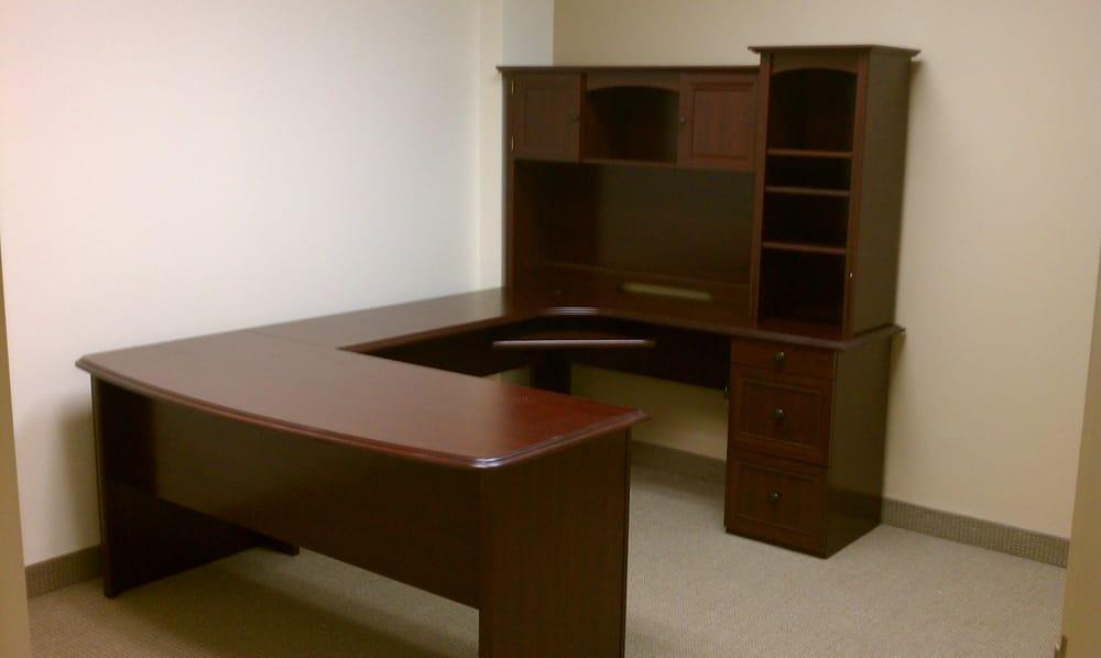 Realspace Broadstreet Contoured U Shaped Desk With Hutch
