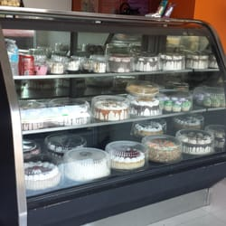 Pasteles de la Casa y Algo Mas   PatisserieCake Shop