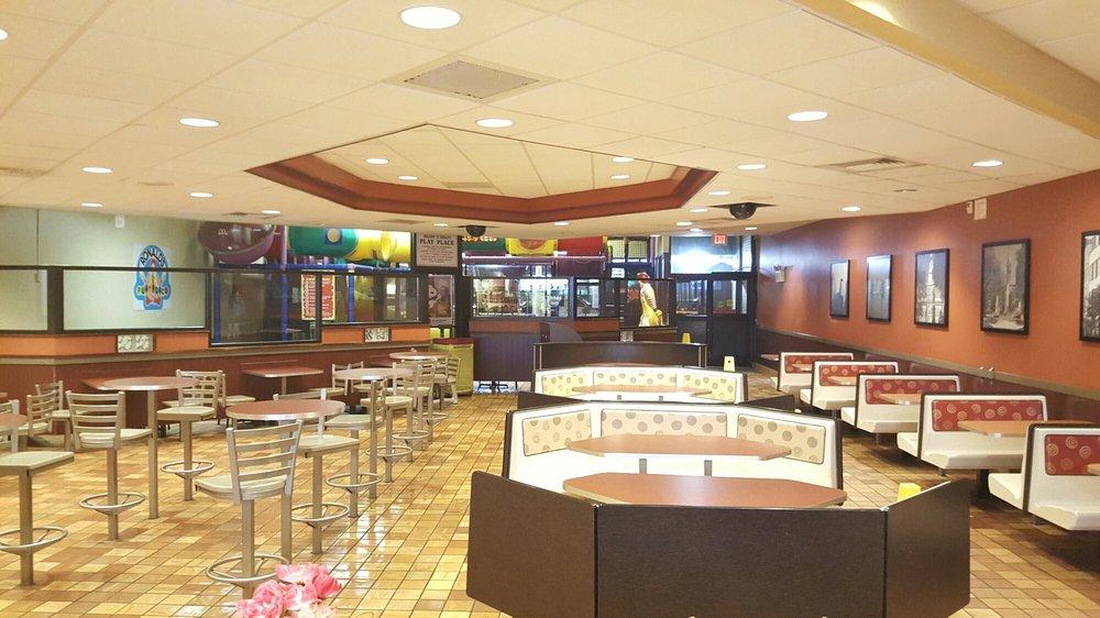 Fast Food Restaurants 19134