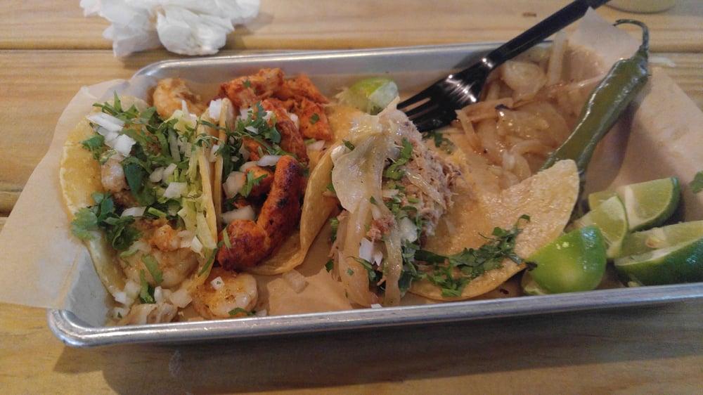Carnitas Pollo Amp Camaron Tacos Yelp