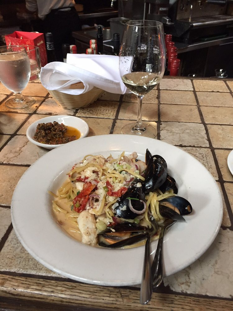 Il Terrazzo  linguine with scallops mussels shrimps