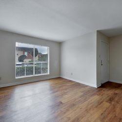 Photo Of Bankside Village Apartments Houston Tx United States Living Area