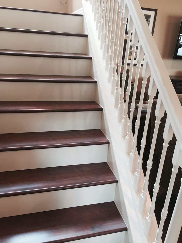 White Risers give Hardwood a touch of Southern Charm  Yelp