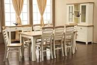 Country Style Kitchen Table and Chairs.