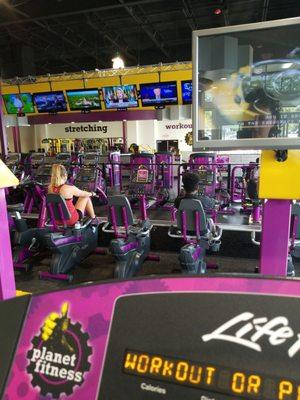 Planet Fitness Ramsey St : planet, fitness, ramsey, Planet, Fitness, Fayetteville, FitnessRetro