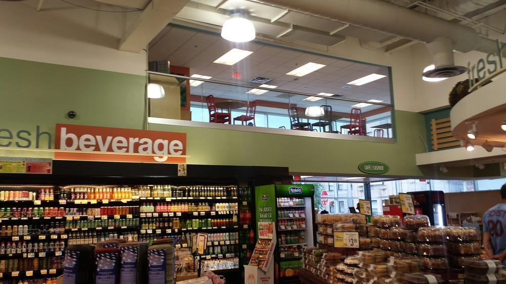 Fresh Grocer Progress Plaza