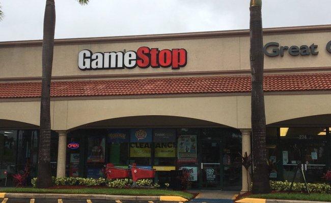 Gamestop Videos Video Game Rental 3251 Hollywood