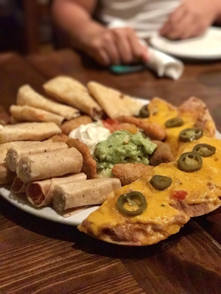 Botana Platter Cheese Fajita Quesadillas Chicken Flautas