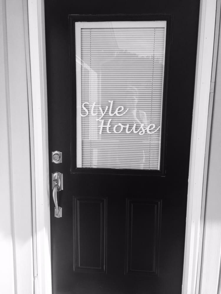 Style House Hair And Nail Salon Hair Salons Blue