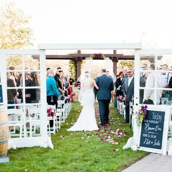 Simple Country Wedding and Vintage Decor Rentals  311