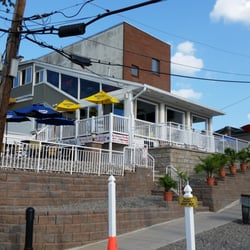 harbor breeze keyport what is communication process diagram uptown bar grill 17 reviews bars 32 broad st photo of nj united states outside