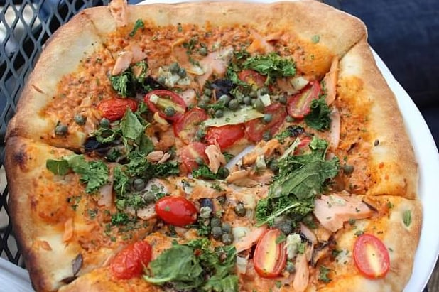 Smoked salmon pizza served up at Regale Winery