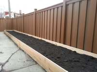 Trex fence and custom, cedar planter box. Beautiful ...