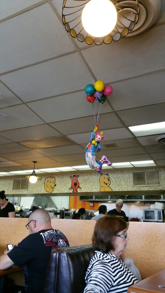 Diners Near Me Now