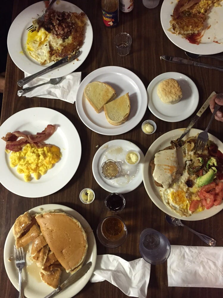 Nick's Coffee Shop & Deli - Los Angeles,   CA,   United States. Well worth the wait | @ Nick's