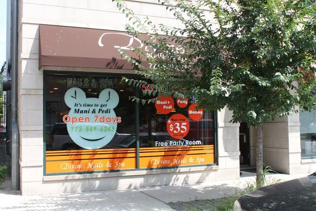 Restaurants Near Me 60657