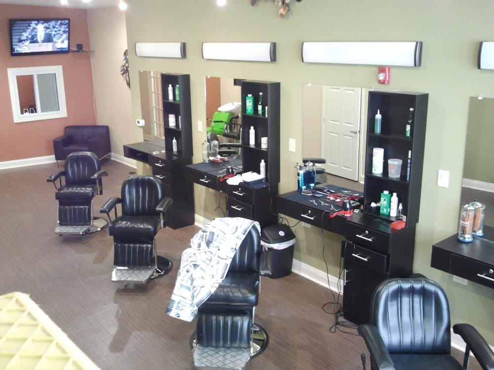 Fine Shaves Amp Cuts 91 Reviews Barbers 131 S 10th St