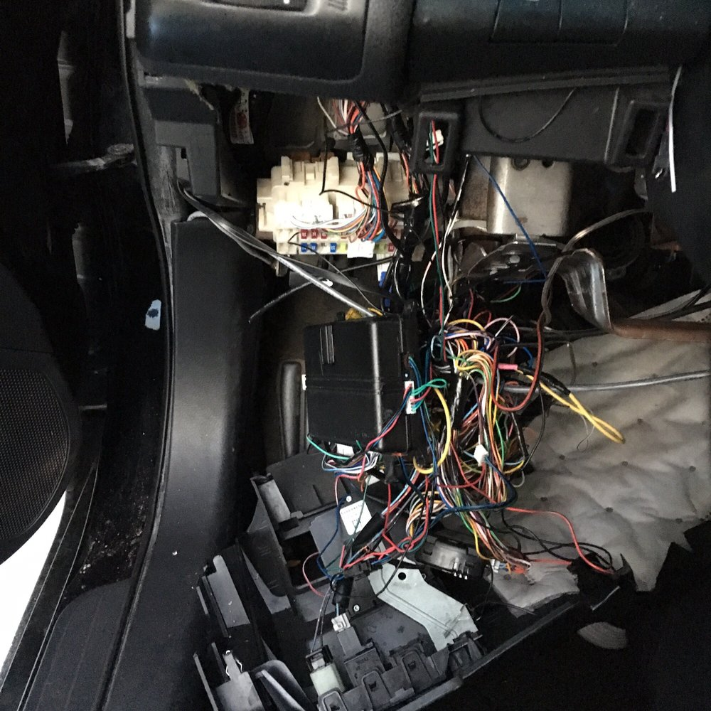 hight resolution of 60 photos for auto sound barrier can t change any fuses because the fuse box
