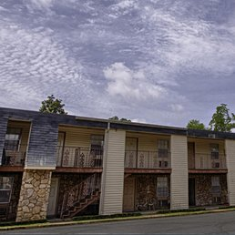 Brookstone  Apartments  2300 5th Ave Tuscaloosa AL  Phone Number  Last Updated January 22