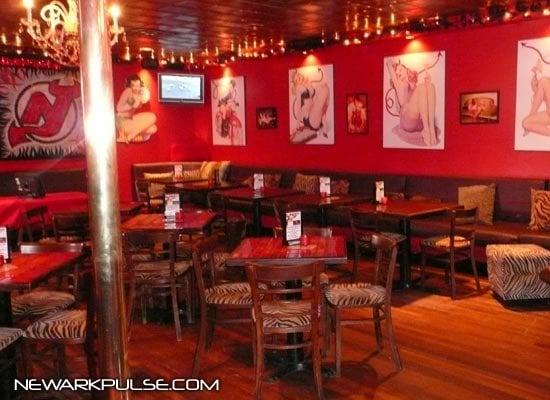 Hell's Kitchen Inside Dining Room (from Newarkpulsecom