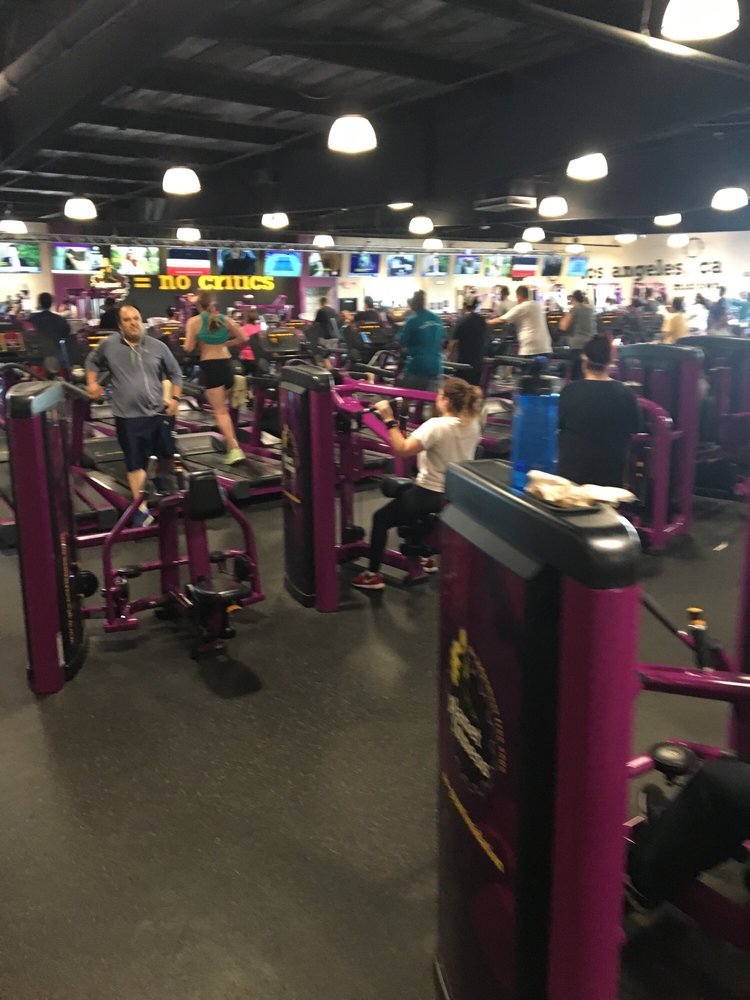Assistant Manager Job in Los Angeles, CA at Planet Fitness