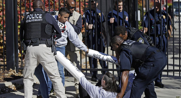 Obama pressed to stop deportations  POLITICO