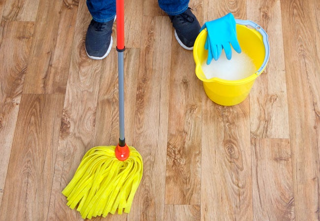 The Best Homemade Hardwood Floor Cleaner and How to Use