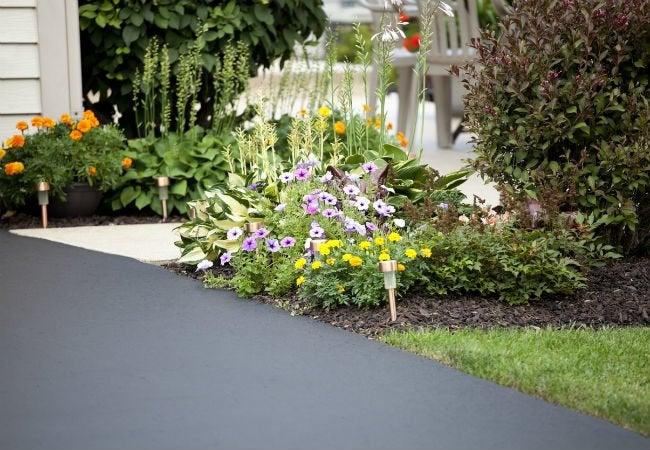 Concrete vs Asphalt: Which Makes a Better Driveway