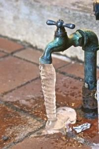 Prevent Freezing Pipes - Winterizing Your Plumbing - Bob Vila