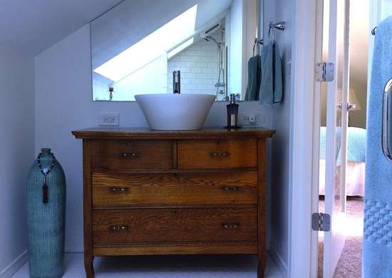 Diy Bathroom Remodel 7 Ways To Skimp Bob Vila