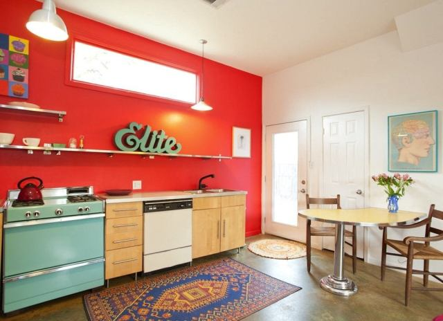 Red_vintage_kitchen