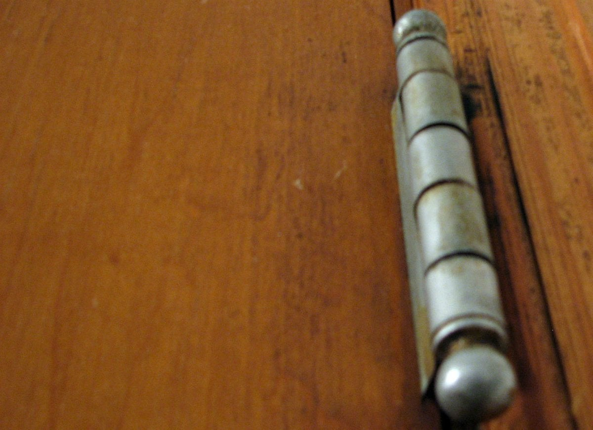small resolution of fix squeaky door hinges with vaseline