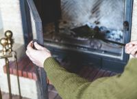 Eliminate Fireplace Odor - Coffee Ground Uses: 11 Ways ...