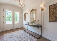 Royalty-Inspired Entryway Design - Front Entry Ideas - 18 ...