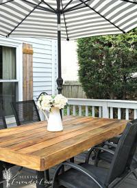 DIY Patio Table with Umbrella - DIY Patio Table - 15 Easy ...