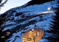 Hobbit Houses to Make You Consider Moving Underground ...