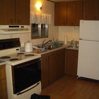 Mobile Home Kitchen  Mobile Home Remodeling  9 Totally