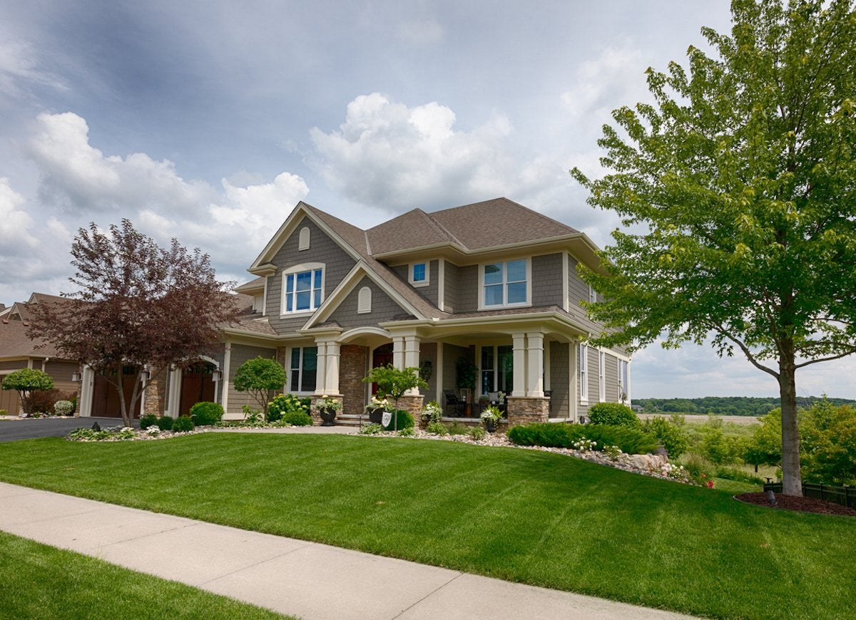 front yard landscaping - 12 expert