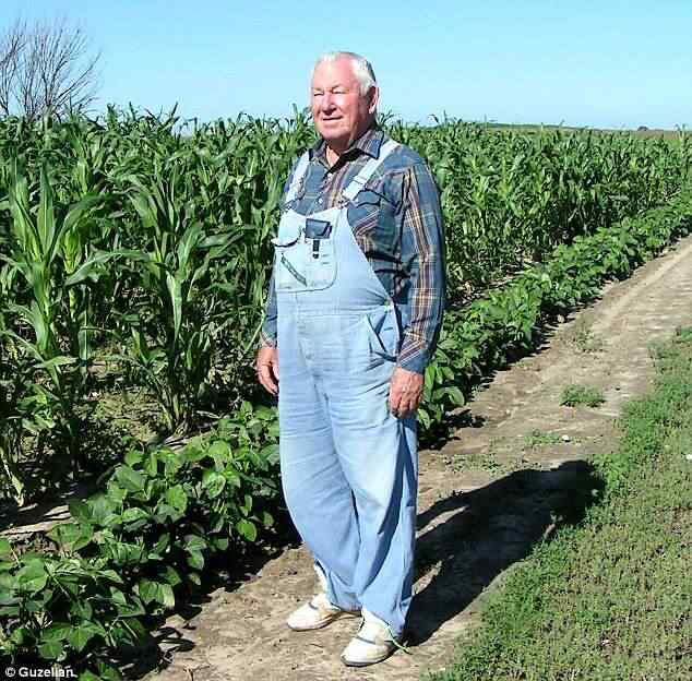 Carl Barnes dedicou sua vida a chegar no milho colorido e ensinou o segredo antes de morrer