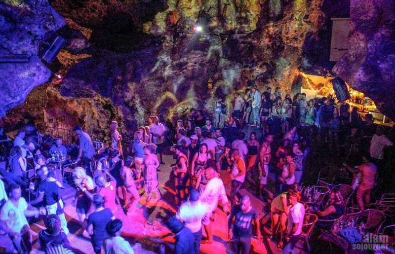 Disco-Ayala-Cave-Trinidad-Cuba-15