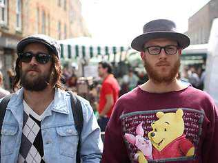 811616-120810-hipsters