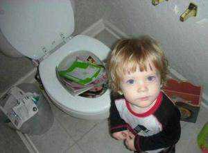 kid-books-toilet