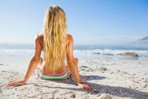 Cuidados necessários para manter o cabelo bonito no verão com Dra. Adriana Cairo